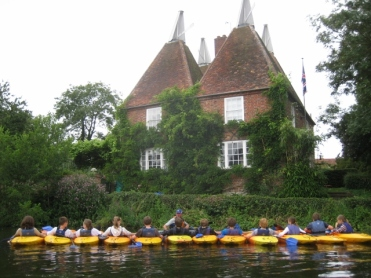 Kayaking courses for schools