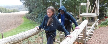 school group on outdoor education trip